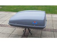 Karrite roof box complete with fittings