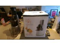 JR-8000-S Whole Juicer