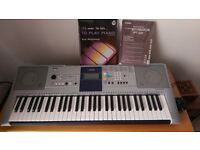 Yamaha digital keyboard PSR- E323