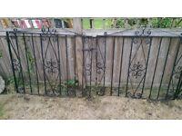 Iron gates - 3no