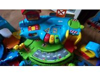 Toot toot drivers, vehicles and tracks + station bundle