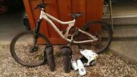 2010 norco shore in great shape with helmet and guards