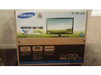 "Samsung UE22ES5000 - 22"" LED TV With Box"