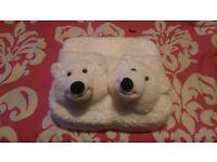 foot warmer/massager polar bear heads
