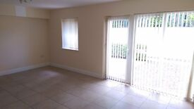 Beautiful and modern 2 bedrooms apartment in attractive residential area.