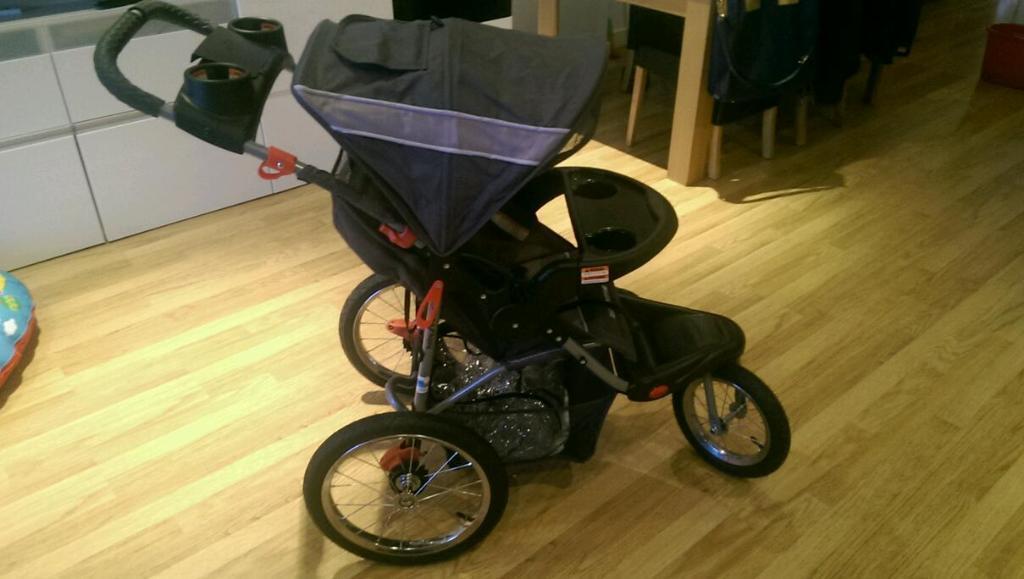 Jogging Stroller For Sale In Southside Glasgow Gumtree