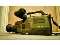 JVC GR-S707 Compact Super VHS Camcorder for Parts or Prop