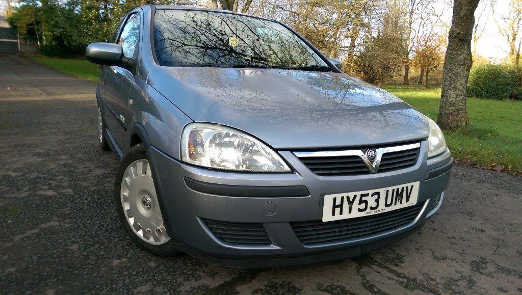 Automatic Corsa Very economical 42 MPG 61000 Mileage Mot 14th March 2018 low Tax & low insurance