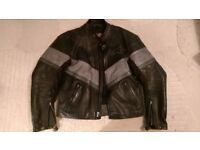 Alpinestars Medium V4 black and silver leather jacket quilted winter lining motorcycle motorbike