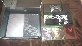 Xbox One Limited Edition Halo 5 Edition ALSO with COD Ghosts,Fallout4,Doom and others
