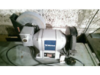 BENCH GRINDER 370 WATT WET AND DRY TWO SPEED HONING WHEEL