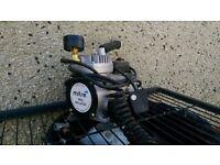 Mitre Pro Tyre Inflator, 240v.