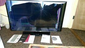 """TV LG smart 43"""" LED spare or repair"""