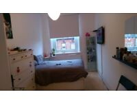 LOVELY DOUBLE ROOM FOR RENT AVAILABLE NEXT TO KILBURN STN..