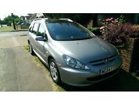 PEUGEOT 307 SW ESTATE 2.0 HDI TURBO DIESEL, 7 SEATS, SUPERB CONDITION, LOW MILEAGE, 1 FORMER KEEPER.