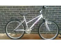 Ladies Town bike (Aluminium) Raleigh