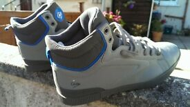 Dunlop Trainer Boots size 12