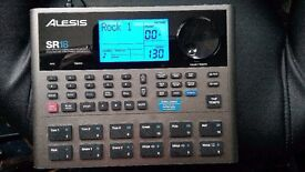 Alesis SR 18 drum computer with effects