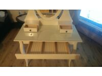 IKEA Dressing table with mirror in very good condition