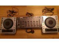 Pioneer CDJ 800Mk2 pair (DJM Mixer SOLD)