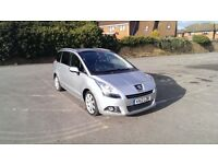 Peugeot 5008 Allure 1.6 e-Hdi Sport S-A, 107,500, roof bars, winter tyres, MOT