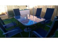 Patio table & 6 chairs, incl. large parasol and base