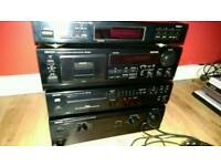 Denon HI-FI detachable 4 set. Cassette, CD player, Radio and Amplifier