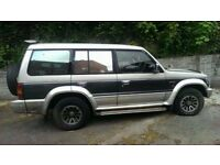 1992 MITSUBISHI PAJERO 2.5 DIESEL AUTOMATIC BREAKING FOR PARTS