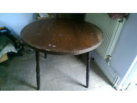 Free round table, wooden legs, 100cm diameter
