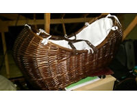 Clair De Lune Moses Basket & Rocking Stand