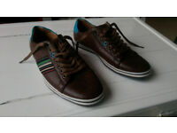 Boys ' Lambretta ' sport shoes - Unused
