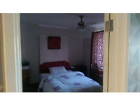 Very Large & Lovely Double room - professional share - Nice location; Filton - NO Agency/Admin fee