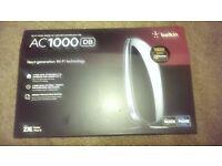 belkin ac 1000 internet wireless router almost new.