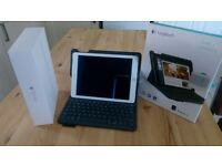 Ipad air2 64GB Wi-fi and LOGITECH Type+ Folio Keyboard Case
