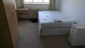 DOUBLE ROOM TO RENT IN CENTRAL LONDON PIMLICO AREA LOVELY LOCATION TO LIVE. 9S