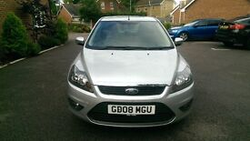 08 REG FORD FOCUS NEW SHAPE 1.6 ZETEC CLIMATE, LOVELY CAR, 1 FORMER KEEPER, EXCELLENT CONDITION.