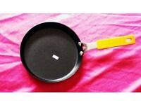3 X Non-Stick Frying Pans - £15