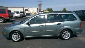 2005 Ford Focus Wagon,Leather&Roof,Incredible Condition,No Rust!
