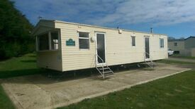 8 Birth caravan for hire on Skipsea sands