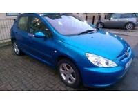 Blue Peugeot 307 petrol 2003 1.6 l.