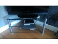 Glass & Chrome Tv cabinet