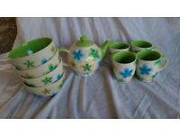 Flower Design Teapot Set, Mugs and Bowls
