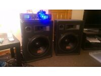 """AUNA PW-1522 1600W 15"""" Speakers with a SPL2000 2000WMP3 Power Amp and a load of speaker wire"""