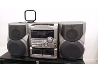 Aiwa Stereo System - 3 cd changer, 160W three way speakers subwoofer - only £15