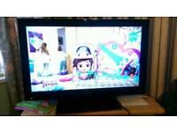 """32"""" toshiba full HD LCD TV builtin DVD player freeview hdmi"""