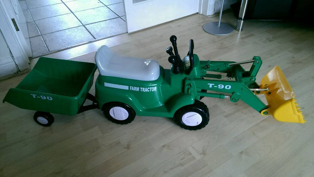 Ride On Toy Tractor + Trailer (battery operated)