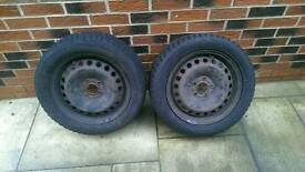 Steel wheels with snow tyres