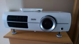 Epson TW3200 Full HD Projector Mint Condition
