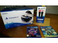PlayStation 4 VR WITH GAMES AND MOTION CONTROLLERS