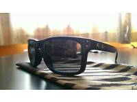 Oakley Holbrook polarised lens (Sean white edition)